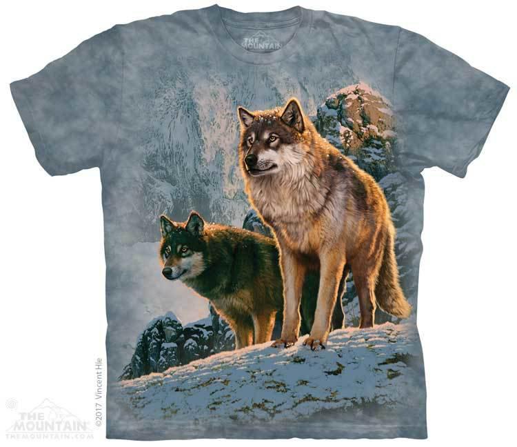 Купить The Mountain Футболка Wolf Couple Sunset - Пара волков на рассвете
