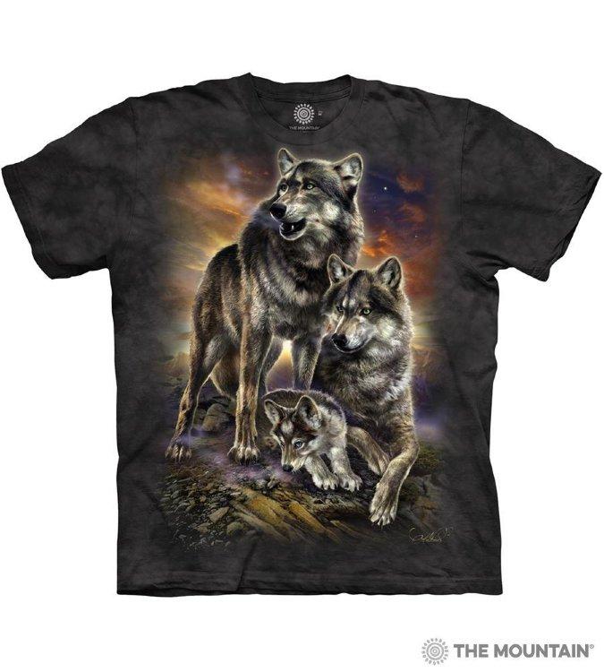 Купить The Mountain Футболка Wolf Family Sunrise - Семейный рассвет